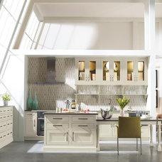 Modern Kitchen by MasterBrand Cabinets, Inc.