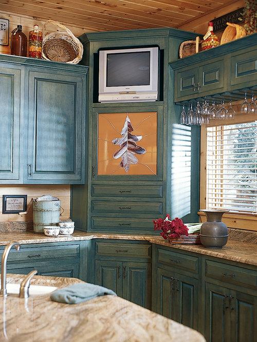 Knotty Hickory Cabinets | Houzz