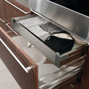 Deep Drawer with Interior Rollouts