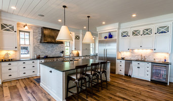 Deephaven Modern Farmhouse