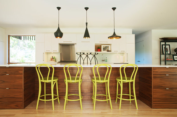 Contemporary Kitchen by D/O