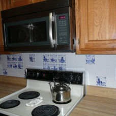 Traditional Kitchen by Mottles Murals Ceramic Tiles