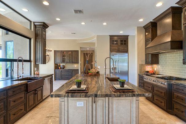 Rustic Kitchen by Hawk Builders