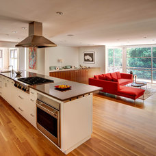 Contemporary Kitchen by dustin.peck.photography.inc