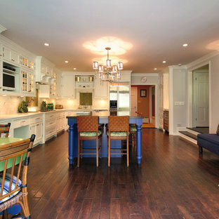 Transitional kitchen remodeling - Inspiration for a transitional kitchen remodel in Other