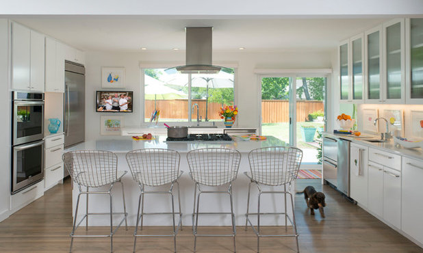Contemporary Kitchen by Mary Anne Smiley Interiors