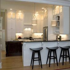 Traditional  by Whitney Blair Custom Homes