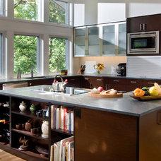 Contemporary Kitchen by Buckner Construction Inc.