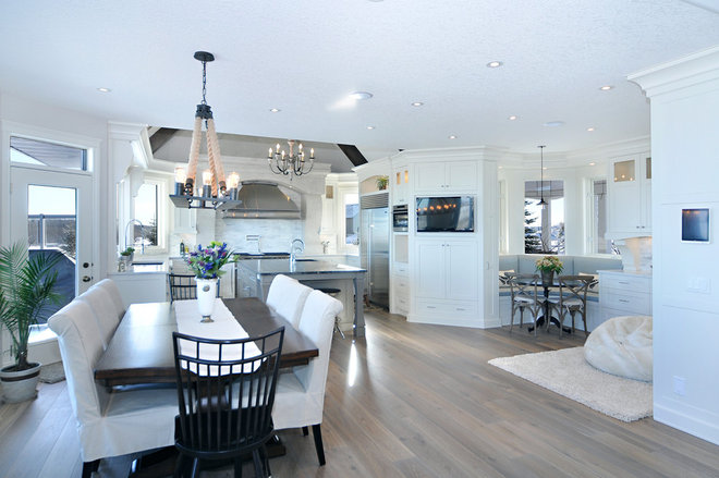 Contemporary Kitchen by Martin's Custom Finishing Ltd
