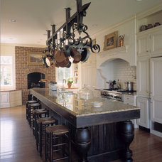 Traditional Kitchen by Good Architecture, PC