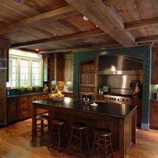 Traditional Kitchen by Erdreich Architecture, P.C.
