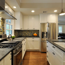 Traditional Kitchen by Nick Mehl Architecture