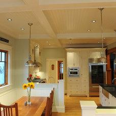 Craftsman Kitchen Dining Room looking into Kitchen