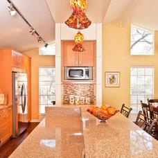 Modern Kitchen by Loop Design