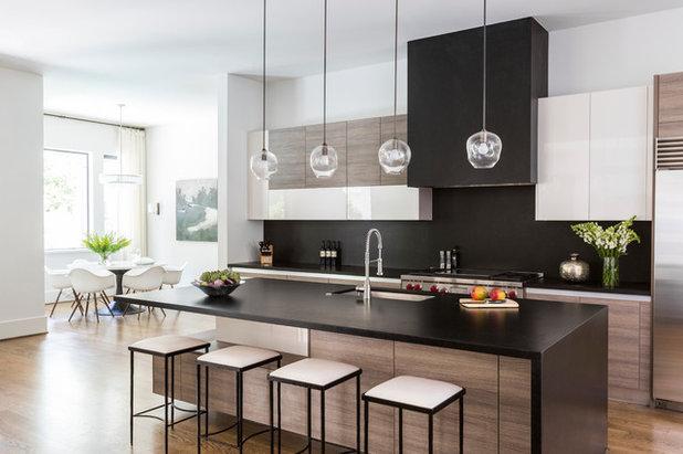 Kitchen by Marie Flanigan Interiors