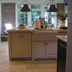 Large Island with sink and dishwasher - Traditional - Kitchen - Minneapolis - by Ehlen Creative ...