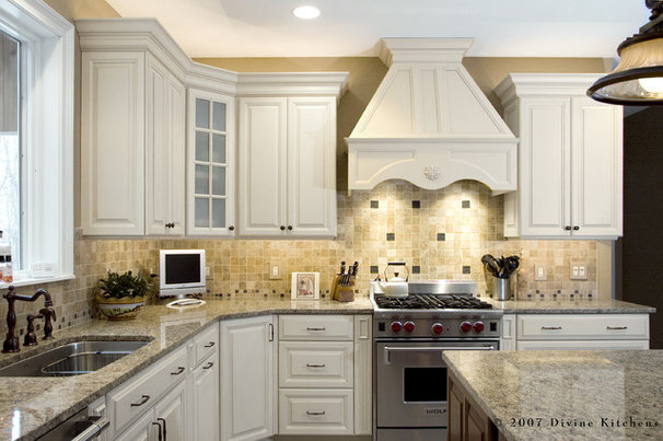 Traditional Kitchen by Divine Design+Build