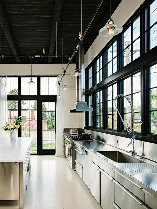 cuisine industrielle avec un vier int gr photos et id es d co de cuisines. Black Bedroom Furniture Sets. Home Design Ideas