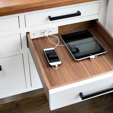 Docking Drawer Blade - Kitchen In-Drawer Charging Outlet