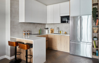 Houzz Tour: A Mix of Surfaces Adds Character to a New-build Flat