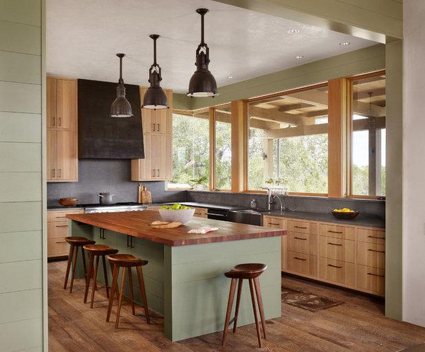 Farmhouse Kitchen by Furman + Keil Architects