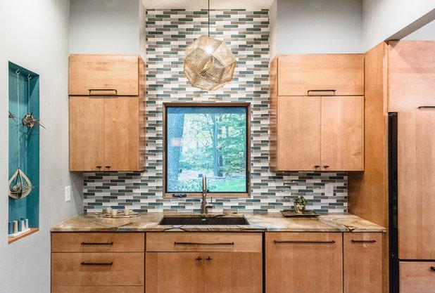 Midcentury Kitchen by Valia Design