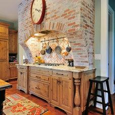 Farmhouse Kitchen by Renew Properties