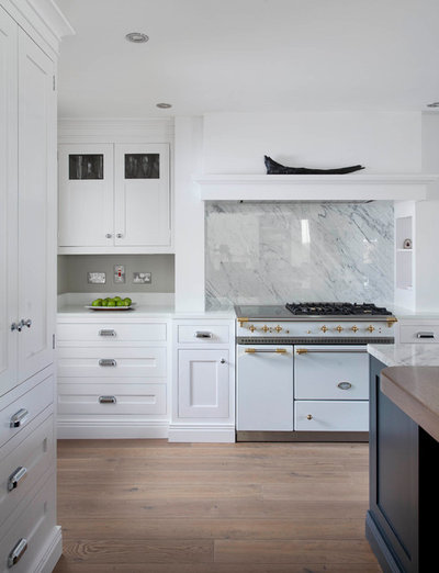 Kitchen by Shalford Interiors