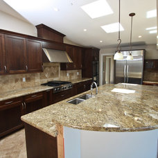 Traditional Kitchen by Bayview Builders Inc.