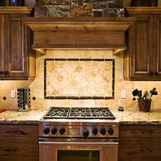 Traditional Kitchen by Tradewinds General Contracting, Inc.