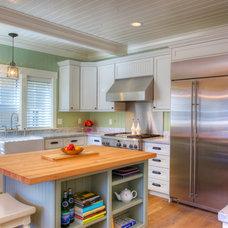 Craftsman Kitchen by Landmark Builders