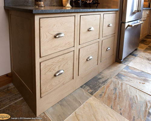 Flush Toe Kick Ideas, Pictures, Remodel and Decor