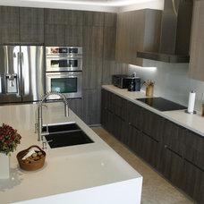 Contemporary Kitchen by InterCuisine/ Kitalian LLC