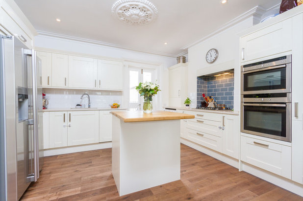 Stunning Contemporary Kitchen by Bethell Projects Ltd