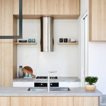 Dot's House: Kitchen