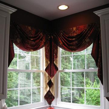 Double Corner Window