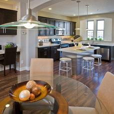 Modern Kitchen by SEGO HOMES