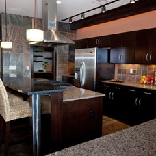 Contemporary Kitchen by Interior Trends Inc. Design & Remodeling