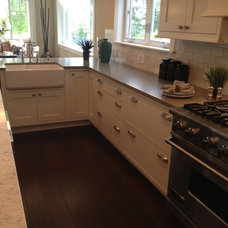 Traditional Kitchen by Sandy Point Design & Co