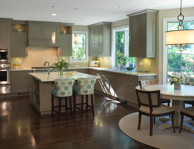 Traditional Kitchen by Carolyn Woods Design Inc.