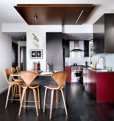 Modern Kitchen by Toronto Interior Design Group | Yanic Simard