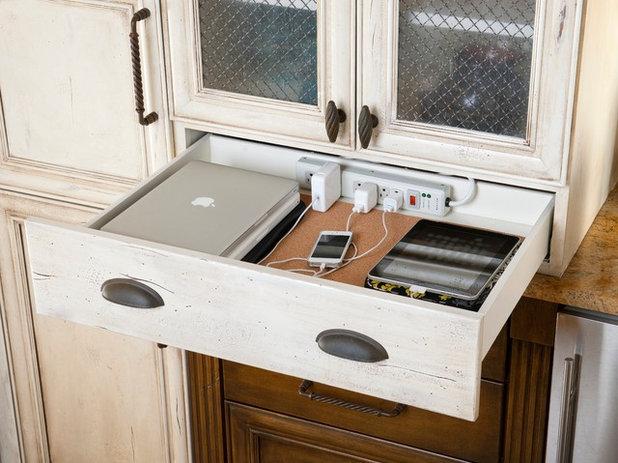 Klassisch Küche by LGB Interiors