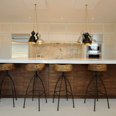 Contemporary Kitchen by Bridlewood Homes