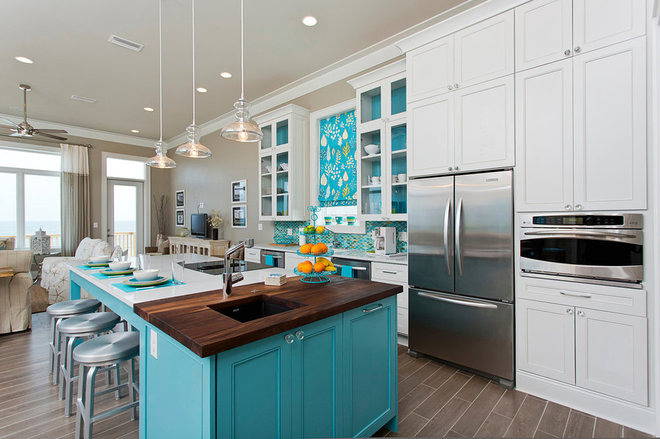 Beach Style Kitchen by In Detail Interiors