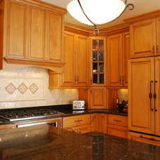 Traditional Kitchen by Sauer Kitchens   Chicagoland Custom Cabinetry