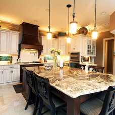 Mediterranean Kitchen by Dreambuilder Custom Homes
