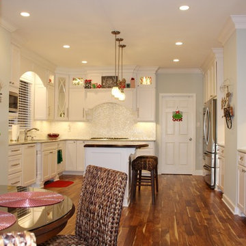 Dreaming of a White Kitchen/Christmas
