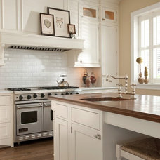Traditional Kitchen by Mahogany Builders