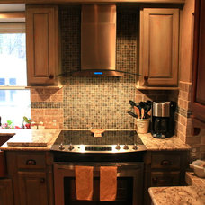 Traditional Kitchen by Jonathan A. DeLise Construction Services