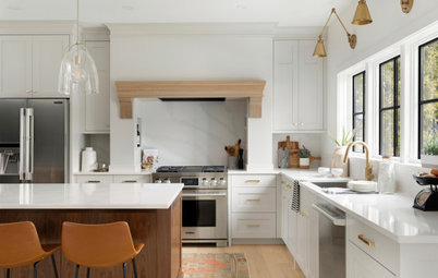 Kitchen of the Week: Creamy White, Wood and Brass in an Open Plan